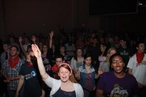 big-break worshipping students